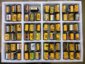 Разные пустые катушки из под фотопленки Kodak