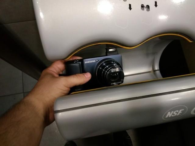 утопленный фотоаппарат Samsung Galaxy Camera