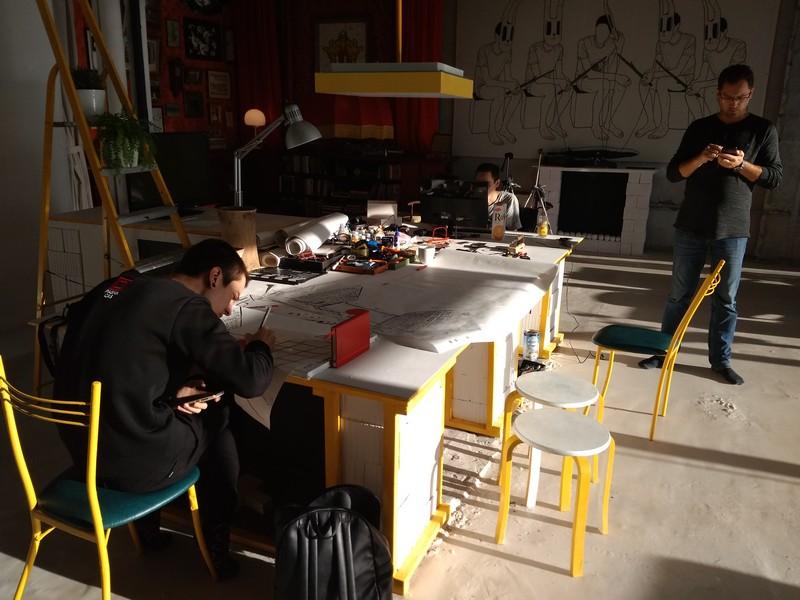 Творческое пространство для художников в галерее 451