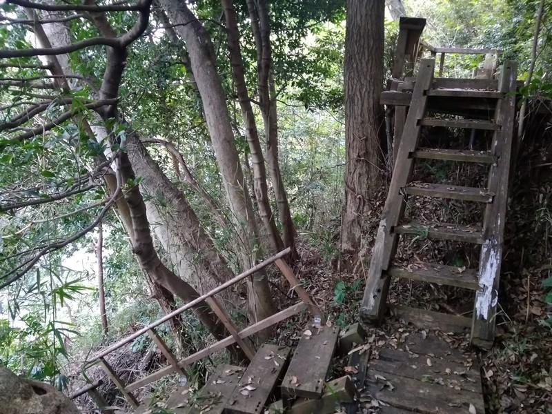 Старая терраса по пути к острову - место моей ночевки