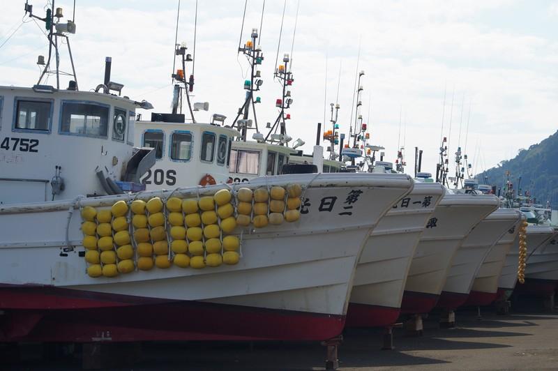 Вид на рыболовецкие суда порта Юи